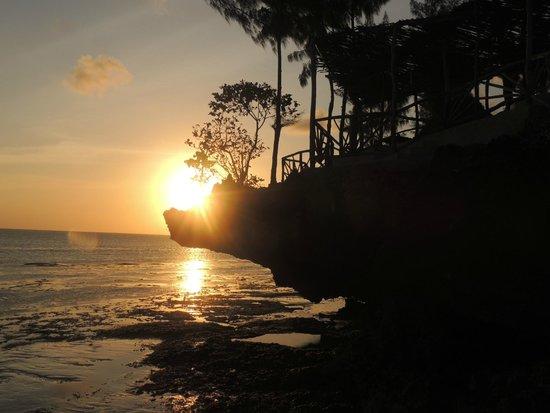 Promised Land Lodge: Sunset