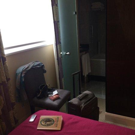 The Mandeville Hotel: Номер