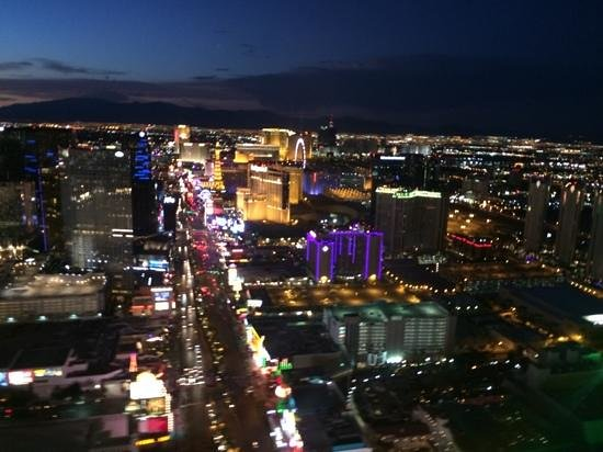 Sundance Helicopters: vegas strip (from helicopter)