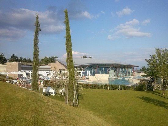 Hotel Garden: PIscine esterne Theia