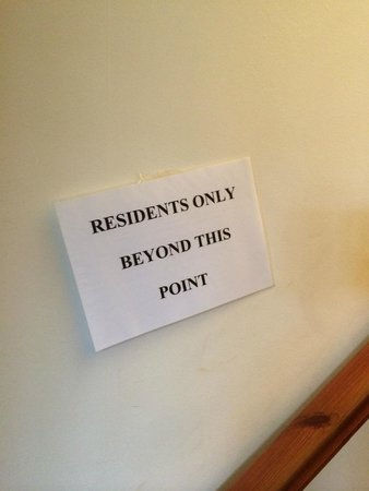 Lake House Country Hotel: A suitable sign? Just an indication of change needed.