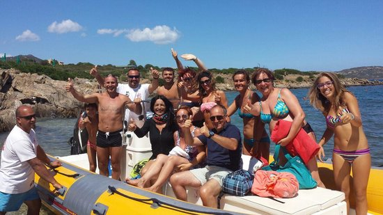 Club Hotel Baia Aranzos : gita in gommone snorkeling diving team sardegna ISOLA TAVOLARA E BAGNO PISCINE NATURALI MOLARA E