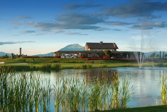 Chervo Golf Hotel Spa & Resort