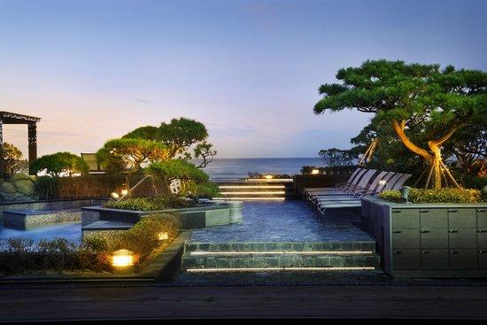 Paradise Hotel Busan : Outdoor Spa