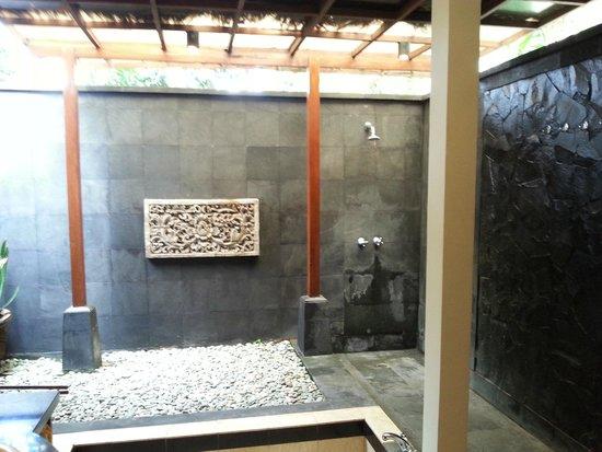 Pertiwi Resort & Spa: il bagno