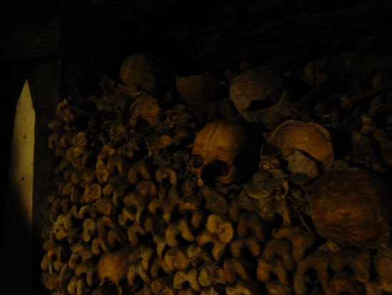 The Catacombs: Catacombes