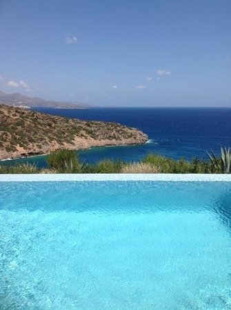 Daios Cove Luxury Resort & Villas : To infinity and beyond...