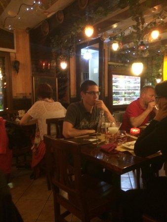 Agli Artisti da Piero : The view of this restaurant! Beware!!