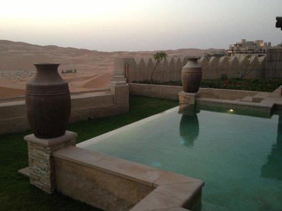 Qasr Al Sarab Desert Resort by Anantara: Pool Villa