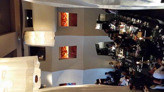 east Restaurant: Restaurant
