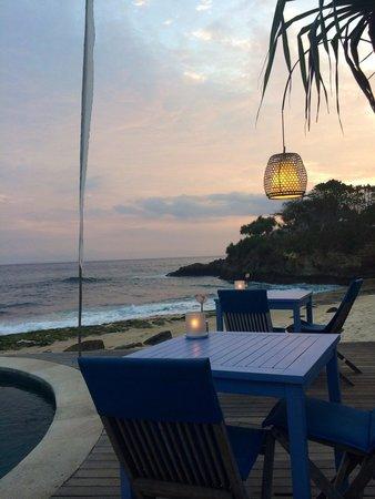 Sandy Bay Beach Club : Location!
