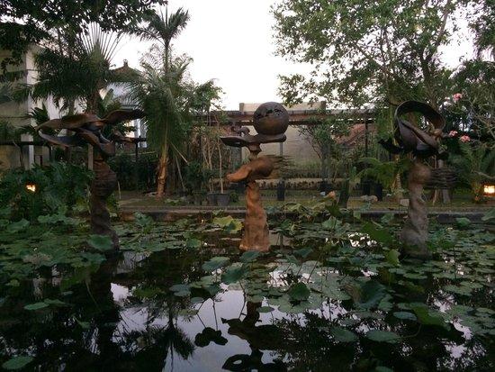 Padma Resort Legian: great artwork