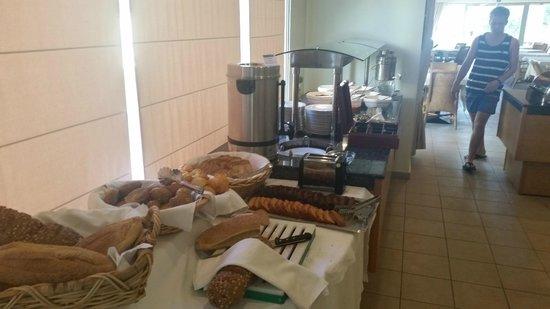 Santa Marina Plaza : Breakfast