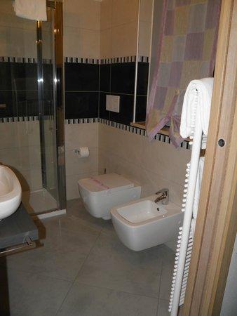 La Grotta Hotel: Bagno