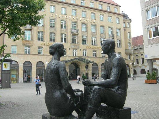 Steigenberger Grandhotel Handelshof: la facciata esterna