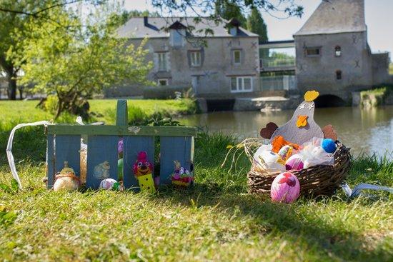 L'engrenage, Moulin de Villevêque : le moulin revêt ses habits de printemps
