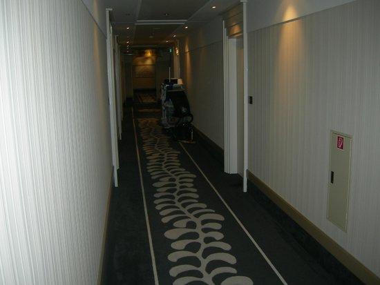 Steigenberger Grandhotel Handelshof: Il corridoio al piano