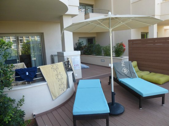 Protur Biomar Gran Hotel & Spa: Terrace at swim up room