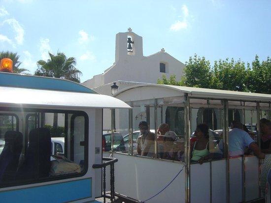 Ibiza Express Santa Eularia: Las iglesias ibicencas son un ejemplo único de arquitectura