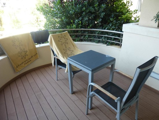 Protur Biomar Gran Hotel & Spa: Balcony at swim up room