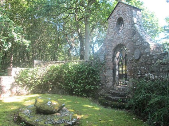 Lloyd George Museum: Lloyd George Grave