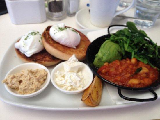 Cafe Aqua: Vego Breakfast- yummo!!!