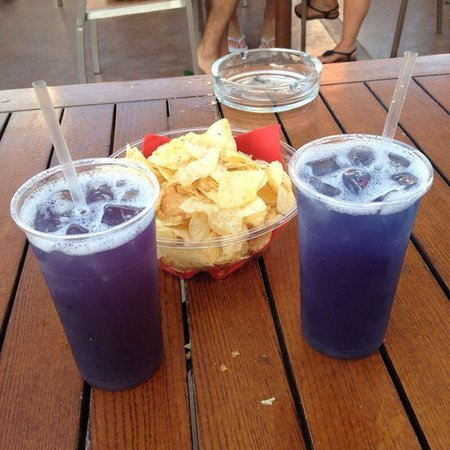 Capannina Beach: Purple rain