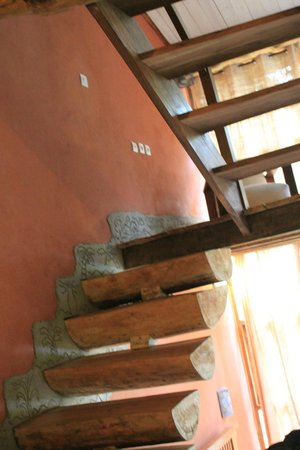Hotel Au bois vert: Charming Room - but open staircase unsuitable for young children