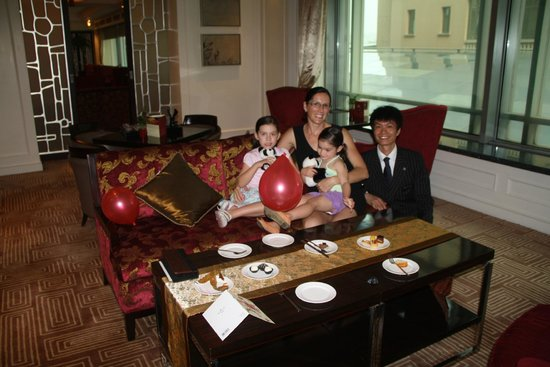 Raffles Beijing Hotel: 3rd Birthday Party in the club lounge