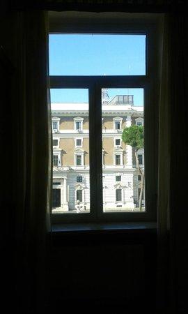 Hotel Dorica: Finestra