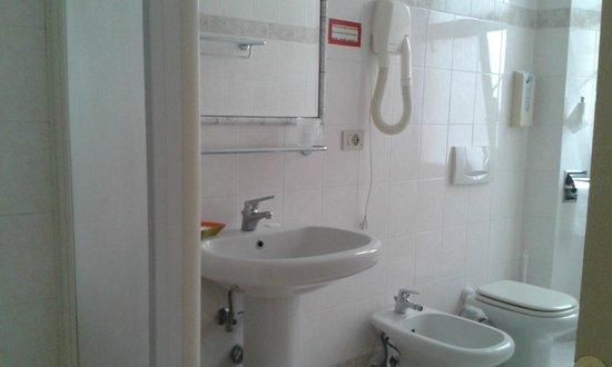 Hotel Dorica: Bagno