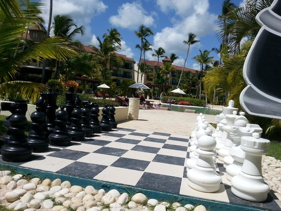 Now Larimar Punta Cana : Games and activities