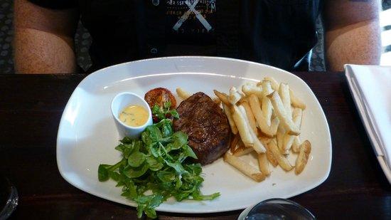 Kyloe Restaurant at Rutland Hotel: Angus steak med handcut chips