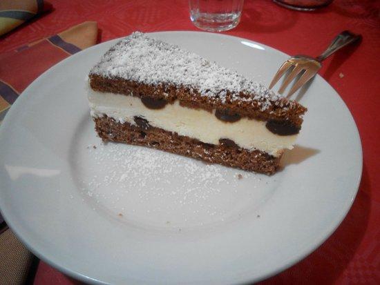 Trattoria Al Vecchio Scarpone: dolce cioccolato e cocco