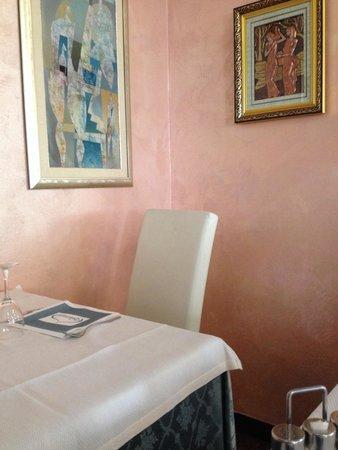 Al Ghiottone: Tavolo a pranzo