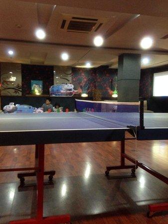 Grand Serela Setiabudhi : ping pong