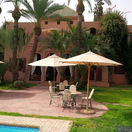 Dar Ayniwen Villa Hotel : terrasse
