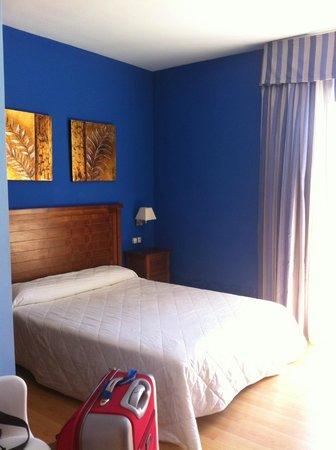 Hotel Ciudad del Renacimiento: Habitación cama doble (las hab. con 2 camas, más ámplias)