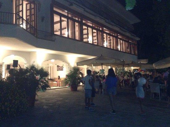 Hotel Paradiso Residence: Serata del 14/8/14