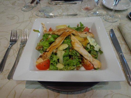 Assiette du Coq à l'Ane : salade poulet