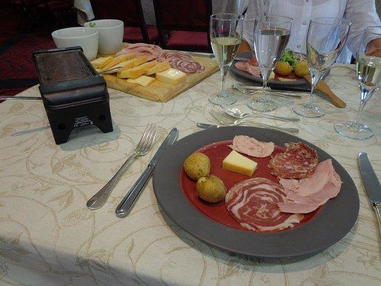 Assiette du Coq à l'Ane : raclette