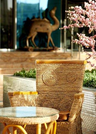 Al Safa Royal Suites Luxury Apartment Hotel: Hotel entrance area