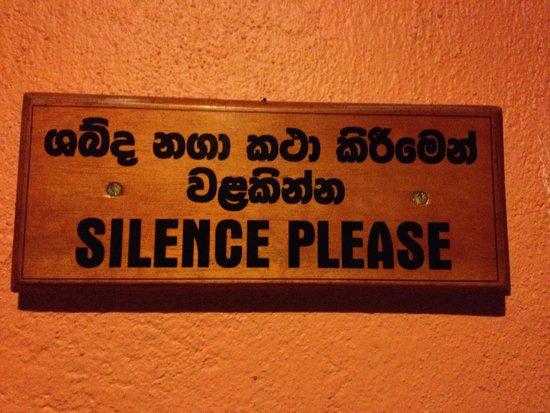 Barberyn Reef Ayurveda Resort: silence please signs