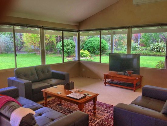 Acacia Chalets Margaret River: Beautiful Outlook