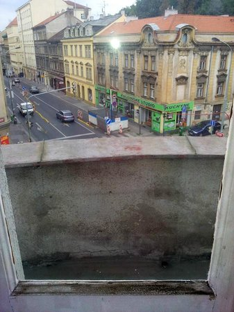 City Partner Hotel Gloria : brudne okna