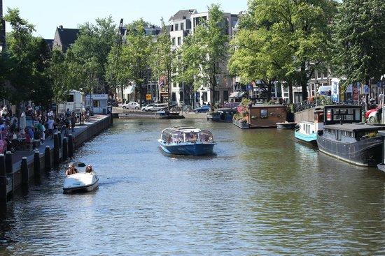 Anne Frank House: neighborhood