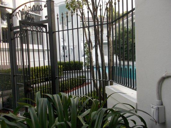 Melrose Mansion: grille d'entrée