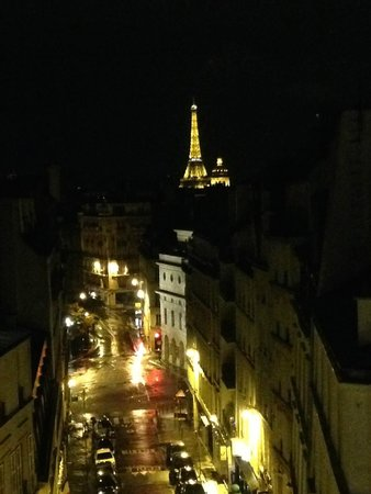 BEST WESTERN Trianon Rive Gauche Hotel: View at night from our balcony