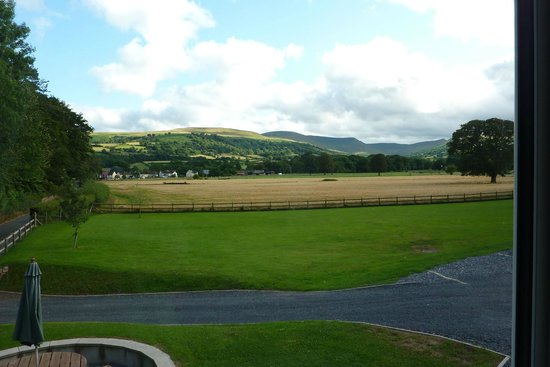 The Lodge Brecon B&B: View from Bedroom Window
