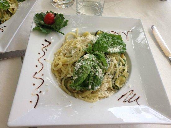 Villa Maria Restaurant : pasta